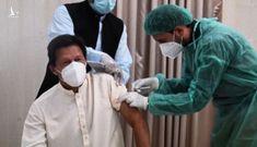 Thủ tướng Pakistan nhiễm Covid-19 sau khi tiêm vắc xin Trung Quốc