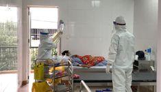 2 vợ chồng ở Hải Dương 'hết bệnh về nhà' tái dương tính COVID-19