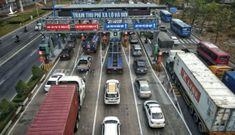Ngày đầu vận hành Trạm thu phí xa lộ Hà Nội, nhiều tài xế né trạm