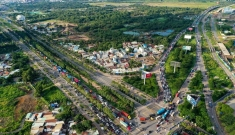 Kẹt xe triền miên tại nút giao An Phú, cửa ngõ phía đông TP.HCM