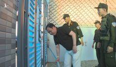 Nóng: Đánh sập ổ bạc với nhiều thủ đoạn tinh vi ở Đắk Lắk