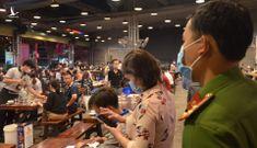 TP.HCM: Quán ăn dừng bán tại chỗ, nhà hàng không phục vụ quá 20 người