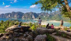 Thái Lan muốn sống chung với COVID-19 bằng chiến dịch tiêm vắc xin