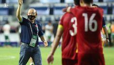 Trận quyết chiến Việt Nam – Malaysia: ông Tan có cầu thủ 'ngoại', ông Park có gì?