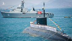 Những chiến binh trong lòng Biển Đông: Nồng hậu nước Nga