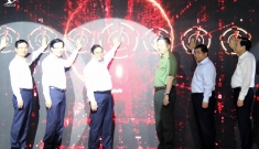 Thủ tướng Phạm Minh Chính kích hoạt vận hành 2 hệ thống cơ sở dữ liệu quốc gia