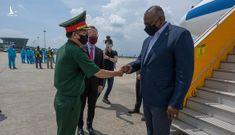 Dấu chân đầu tiên của Bộ trưởng Quốc phòng Mỹ tại Việt Nam