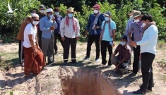 Campuchia đào sẵn huyệt chôn người chết giữa chuỗi ngày Covid-19 chết chóc