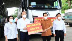 An Giang hỗ trợ TP.HCM 85 tấn gạo và rau củ