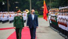 Bộ trưởng Quốc phòng Anh lần đầu tiên thăm chính thức Việt Nam