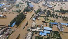 """Ngôi làng TQ bị chia cắt hoàn toàn khỏi thế giới sau mưa lũ """"ngàn năm có một"""""""