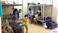 Sự thật chuyện trẻ em trong khu cách ly 'không ai chăm sóc'