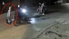 Đặc điểm nhận dạng 4 thanh niên cướp xe máy của nữ lao công