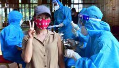 Người nước ngoài được tiêm vắc xin tại TP.HCM: Cảm ơn Việt Nam!