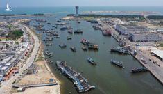 Hàng trăm tàu cá Trung Quốc đang neo đậu, sắp tiến ra Biển Đông