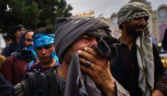"""Chính quyền Biden """"hạ độc thủ"""" đúng giờ G: Chiếm xong Kabul, Taliban """"khóc không thành tiếng"""""""