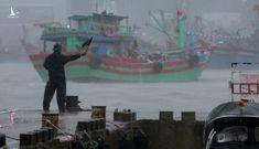 Người miền Trung hối hả ứng phó bão Côn Sơn
