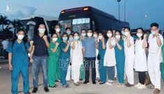 Hơn 1.000 'chiến sĩ áo trắng' tinh nhuệ của Bắc Giang, Hải Phòng thần tốc lên đường chi viện cho Thủ Đô