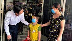 Chủ tịch Phan Văn Mãi: TP.HCM sẽ giúp các em mồ côi có điều kiện tốt để học đến 18 tuổi