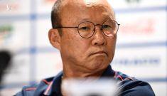 """HLV Park Hang Seo nói gì về """"quả penalty hụt"""" gây tranh cãi?"""