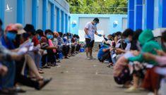 """Không có chuyện """"chính quyền TPHCM cưỡng ép người dân tiêm vaccine Trung Quốc"""""""