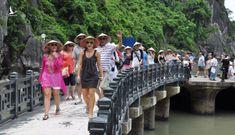 Khi nào Việt Nam mở cửa hoàn toàn đón khách du lịch quốc tế?