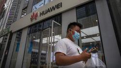 Anh 'cấm cửa' thiết bị 5G của Huawei