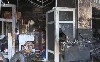 Giám đốc Công an trực tiếp chỉ đạo điều tra tại hiện trường vụ đốt nhà dân