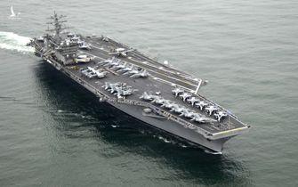 Vì sao Mỹ cùng lúc cử hai tàu sân bay đến biển Đông?