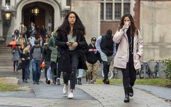 Sinh viên quốc tế phải về nước nếu học trực tuyến: Tổn thất lớn với Mỹ