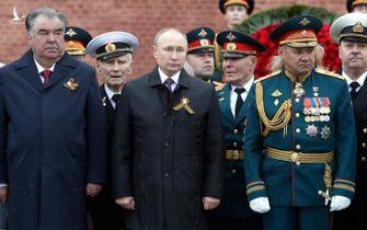 """Đừng đùa với """"Luật Lằn ranh đỏ"""" của Tổng thống Putin"""